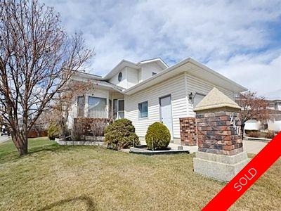 Family home in Cul-De-Sac Location!